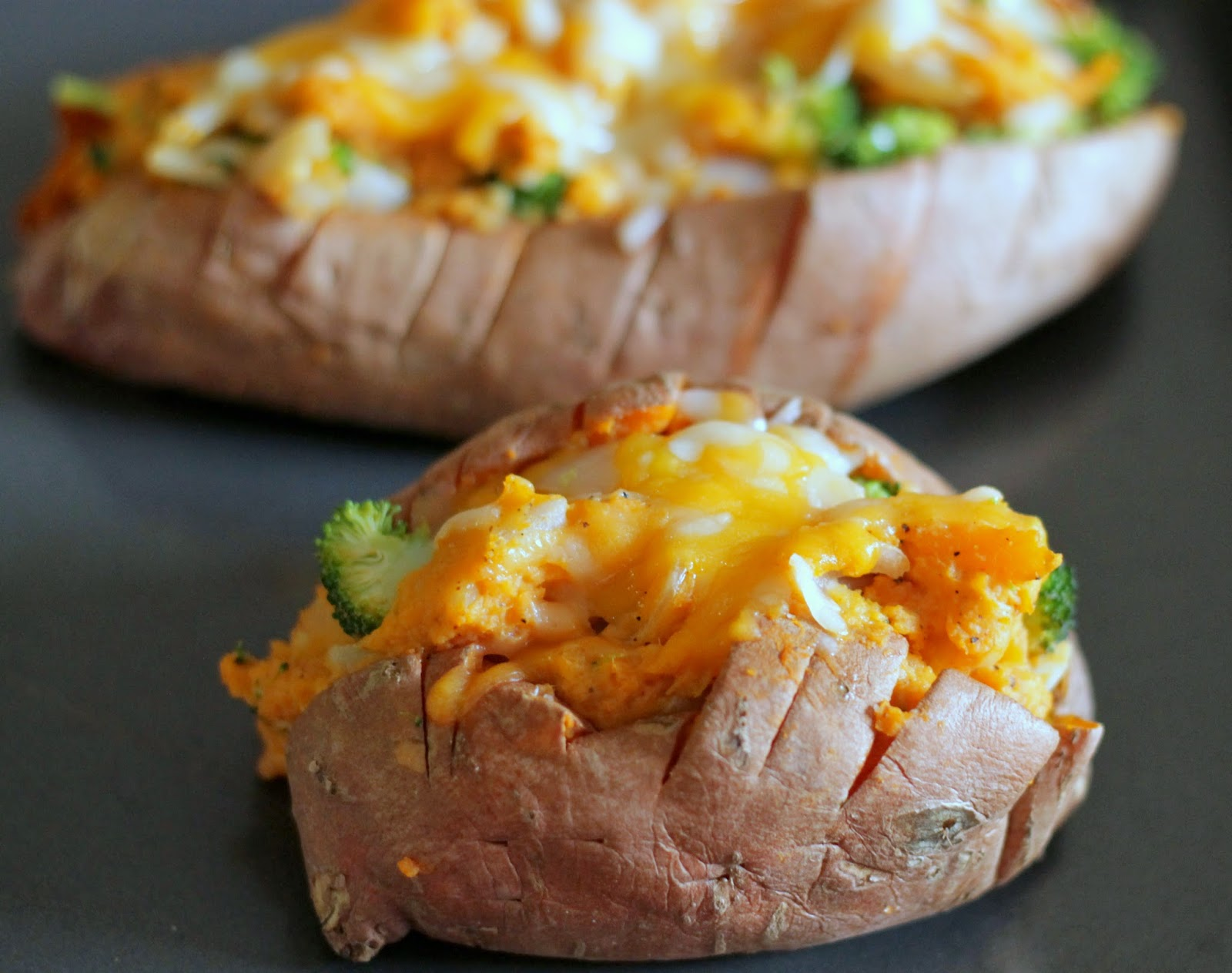 Brunch N' Cupcakes: {Broccoli and Cheese Twice Baked Sweet Potatoes}