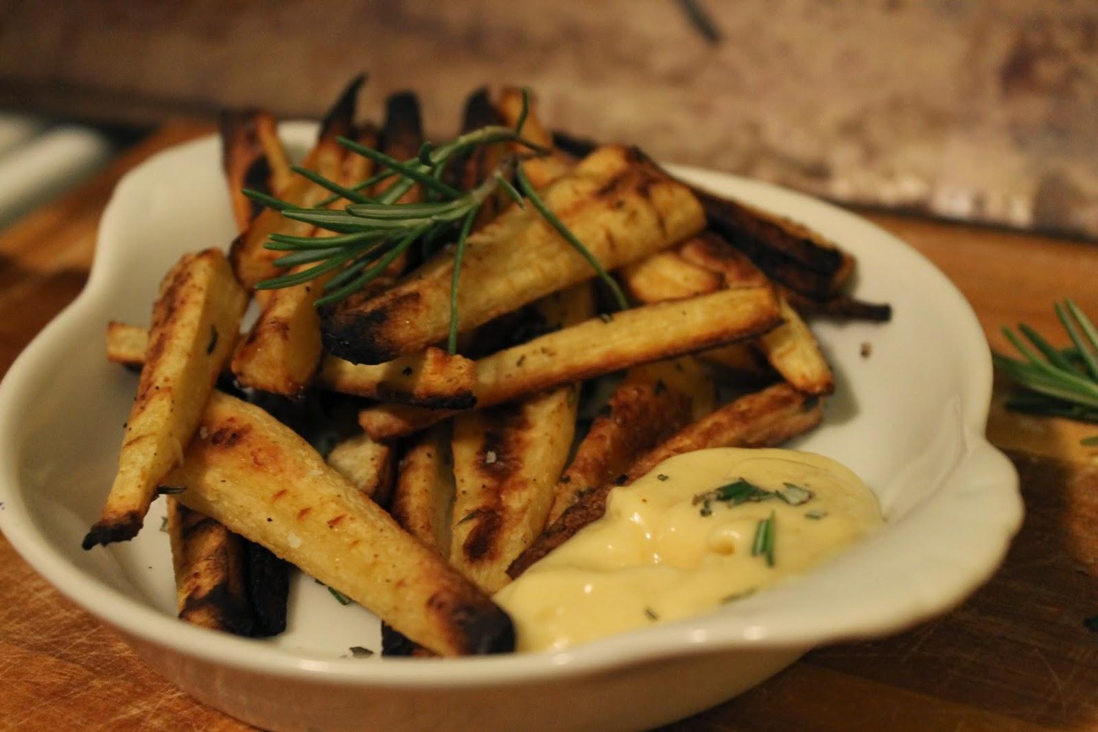 Rosemary & Garlic Parsnip Fries