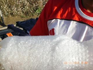 bebatuan es di puncak lawu