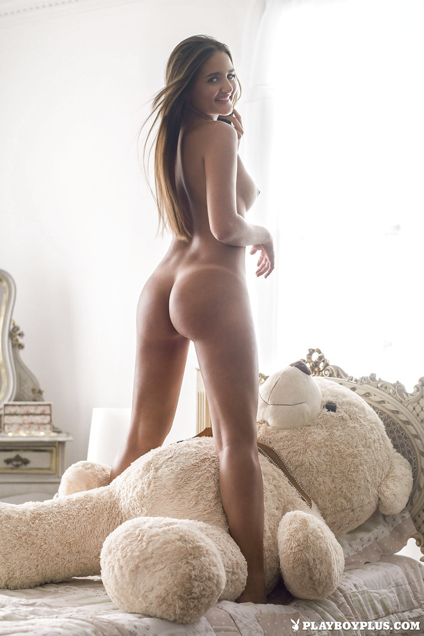 Фото голых женщин игрушки