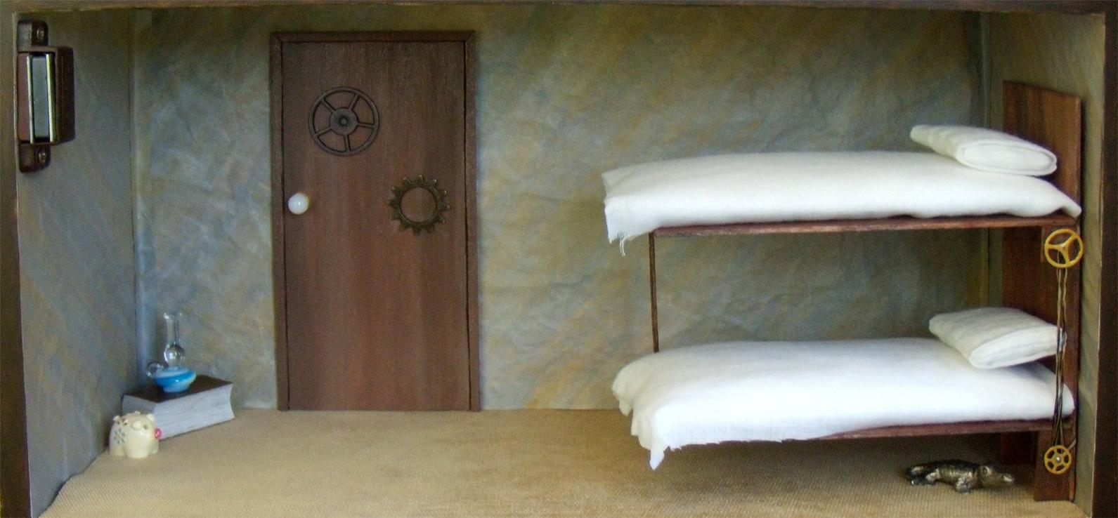 Undersized Urbanite KL Steampunk Bedroom