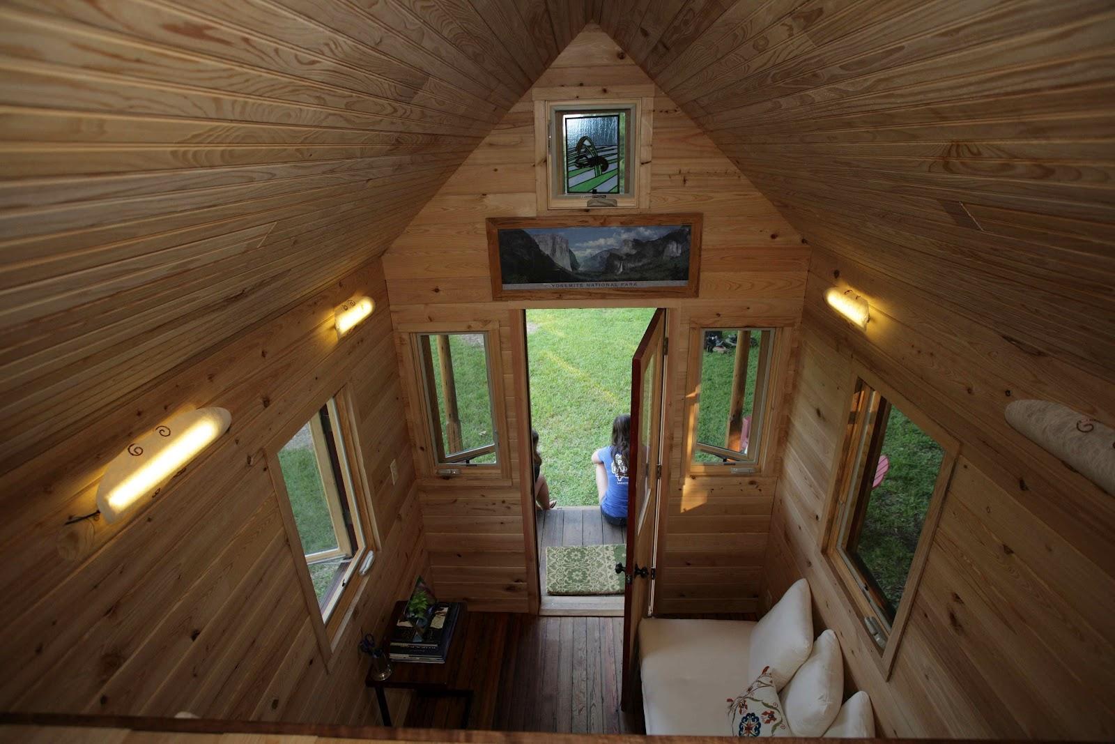 Small house, big life