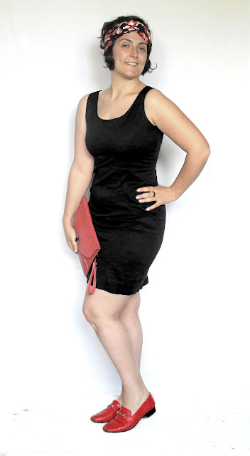 A curvy outfit with a  little black dress and a handmade turban headband