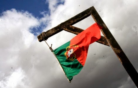 Bandeira Portugal Enforcada, Élsio Menau