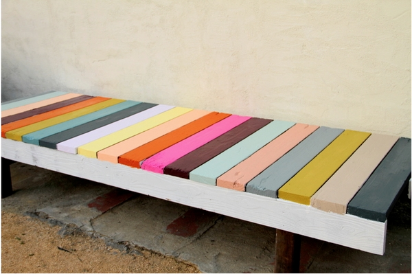 Gypsy yaya pallet diy love for Painted pallet coffee table