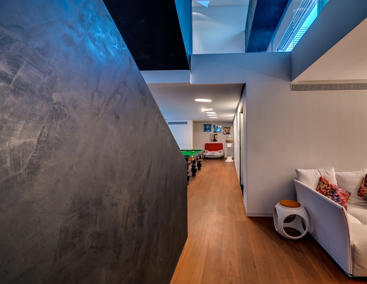"Stairs in Modern Villa ""Cubes"" In Tel Aviv"