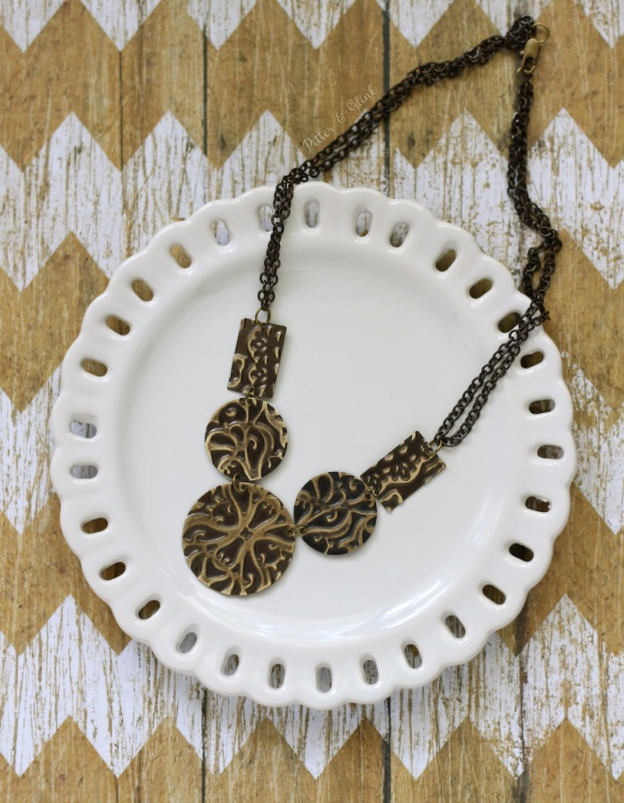 Create a beautiful Embossed Metal Statement Necklace using the Sizzix BIGkick. www.pitterandglink.com #sponsored