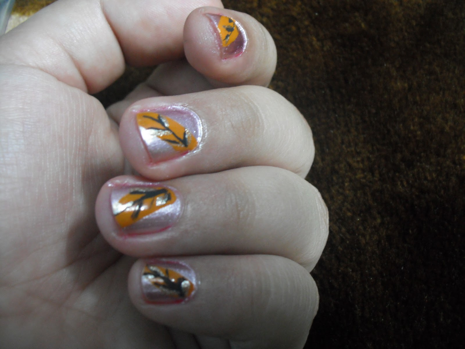 vivacious flair nail art for very short nails