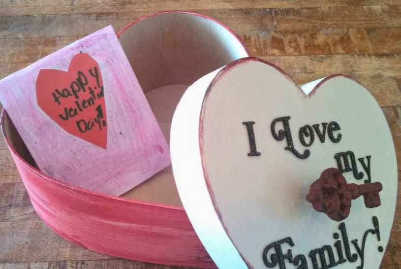 Red Barn Crafter Family Valentine Letter Box
