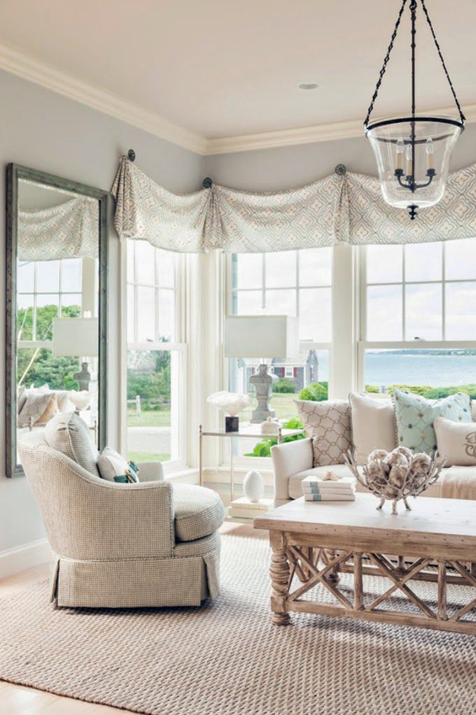 Coastal Style Hamptons Chic With Seafoam Accents