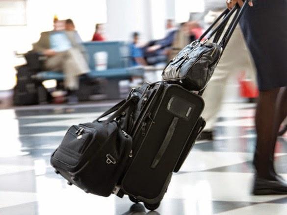 Các đồ vật bị cấm xách tay khi đi máy bay