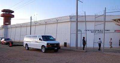 Borderland beat 59 escape 7 die during nuevo laredo prison break