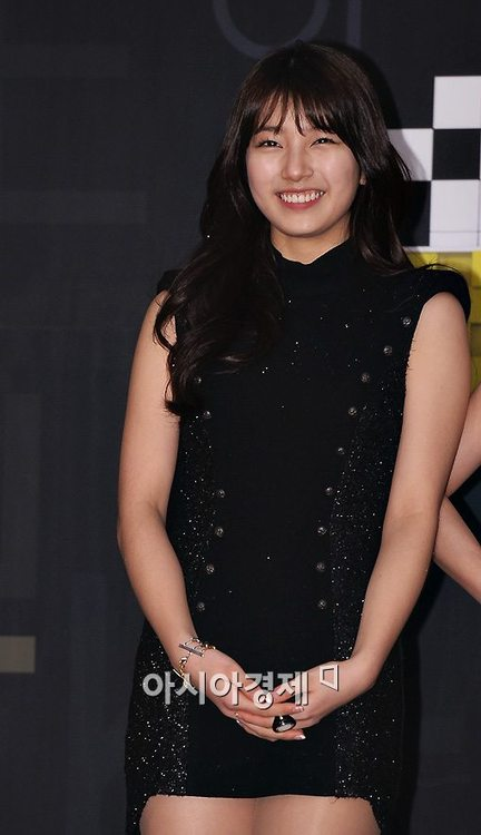 Suzy Miss A RED CARPET PHOTO 2012 SBS New Year Concert
