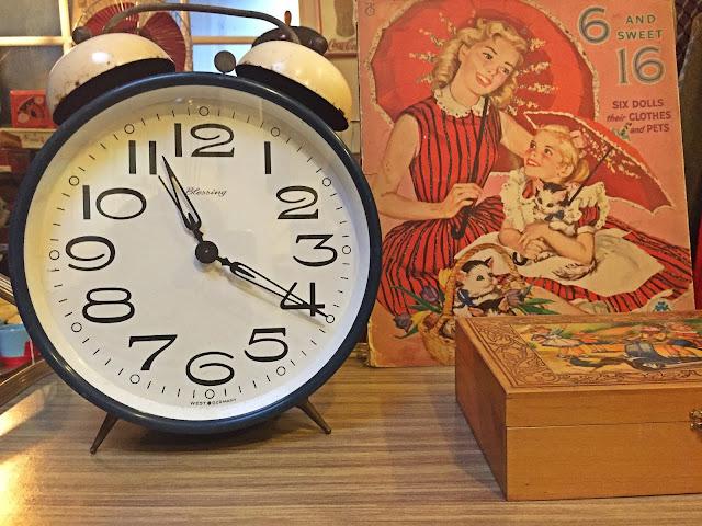 decoração vintage, loja vintage, a Porta Verde, Aveiro, despertador vintage, Blessing