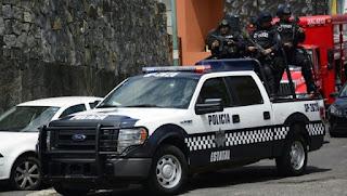 Rescatan a madre e hijas privadas de su libertad en hotel de Veracruz