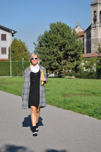 outfit cappotto oversize outfit cappotto a uovo come abbinare un cappotto oversize come abbinare un cappotto a uovo outfit novembre 2015 outfit autunnali outfit per il lavoro street style outfit cappotto tartan cappotto stampa tartan mariafelicia magno fashion blogger colorblock by felym fashion blog italiani fashion blogger italiane blogger italiane di moda fashion blogger bergamo fashion blogger milano ragazze bionde oversize coat how to wear oversize coat how to combine oversize coat egg shape coat how to wear egg shape coat how to combine egg shape coat