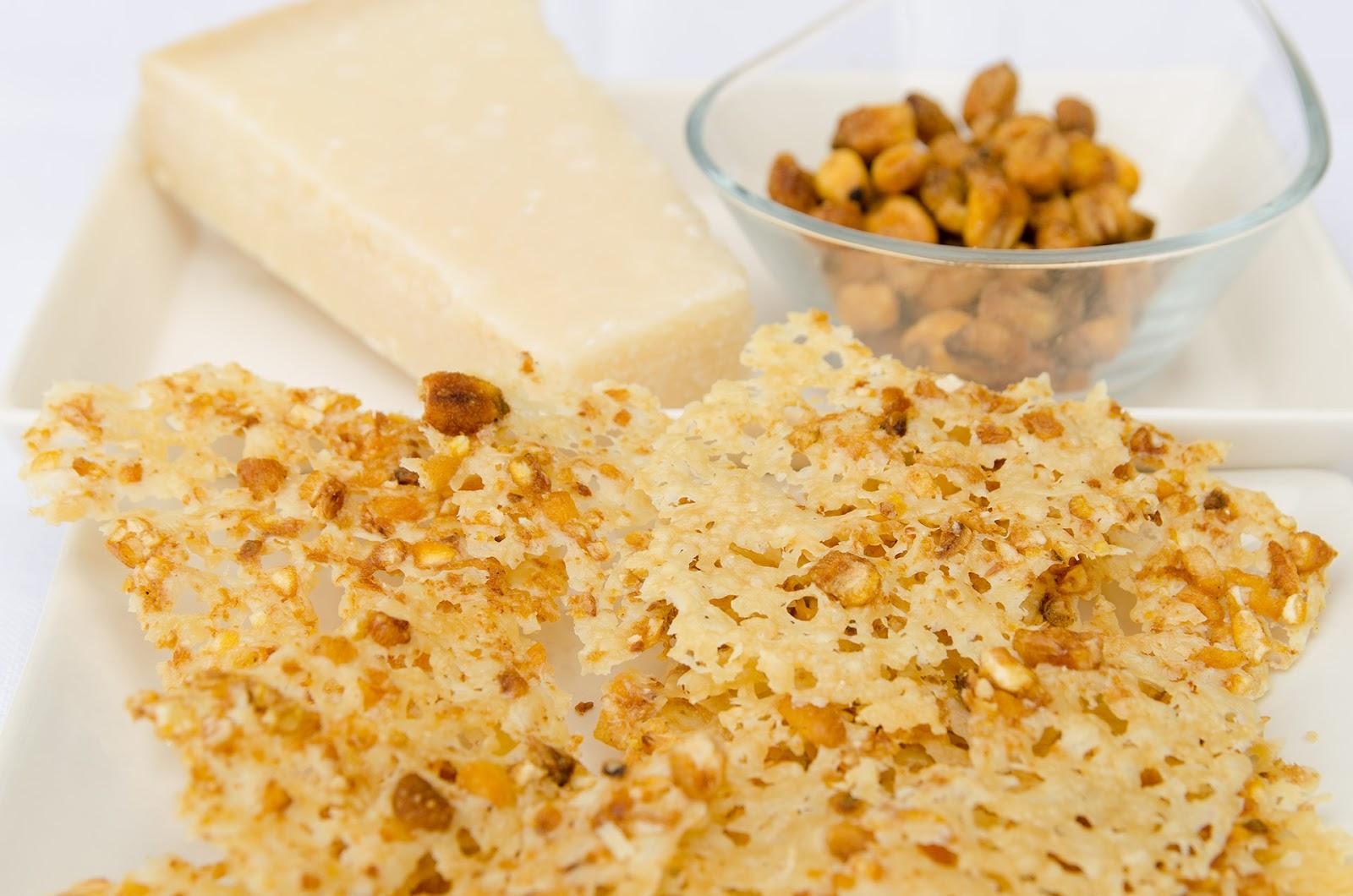 aperitivo-pica-pica-tapas-chips-receta-queso-cocina-faciles-parmesano-gruyere-quicos-kikos-bruja