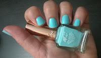 Laca de uñas, esmalte verde