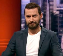 Gdzie można zobaczyć pana Armitage'a w polskiej tv.
