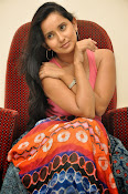 Ishika Singh Latest Glamorous Photos-thumbnail-6
