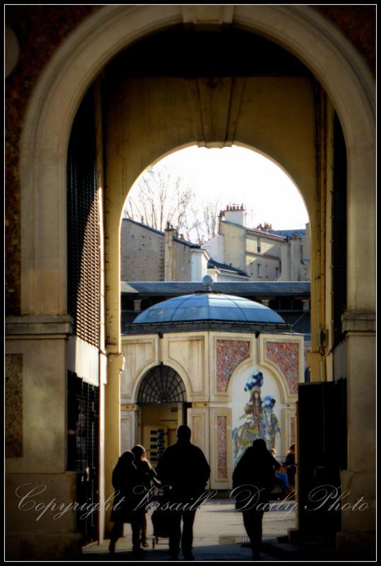 Parking entrance Versailles Notre-Dame