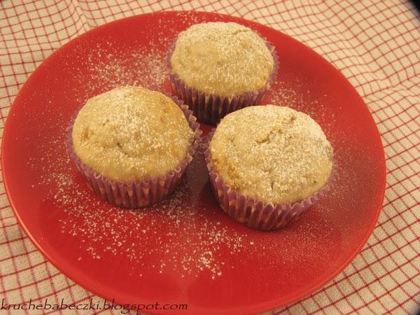 Muffinki z płatkami owsianymi i orzechami