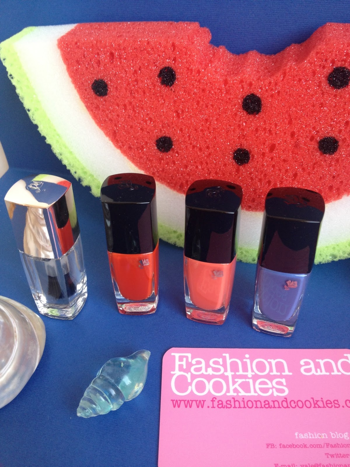 Lancome French Paradise nail polish on Fashion and Cookies fashion blog