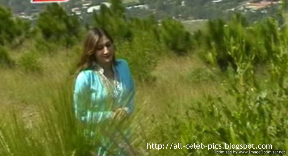 Urooj Mohmand Song http://all-celeb-pics.blogspot.com/2011/08/beautiful-pashto-singer-and-model-urooj.html
