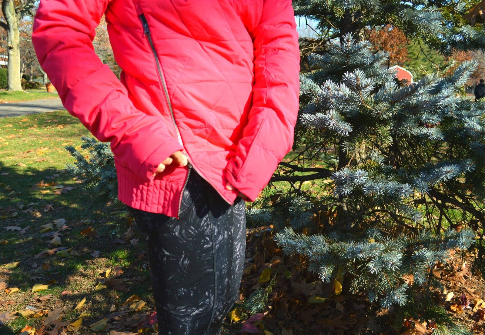 lululemon-arsenal-ambient-speed-tights fluffed-up-pullover