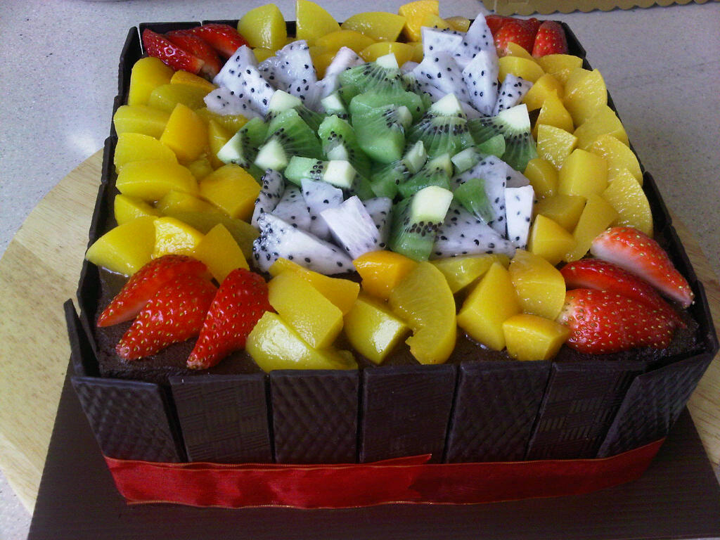 Empress choice fresh fruit decoration for Decoration fruit