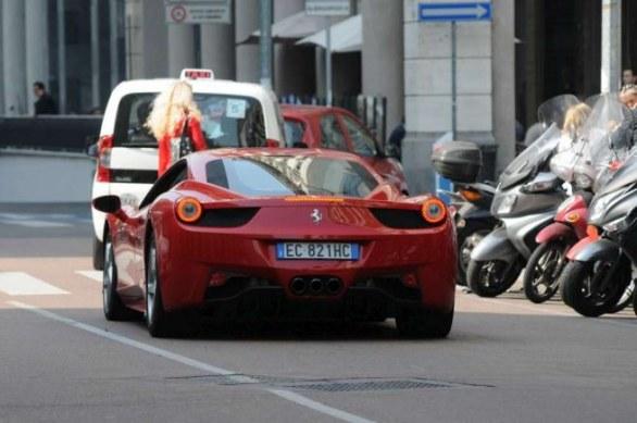 Mobil mewah Mario Balotelli