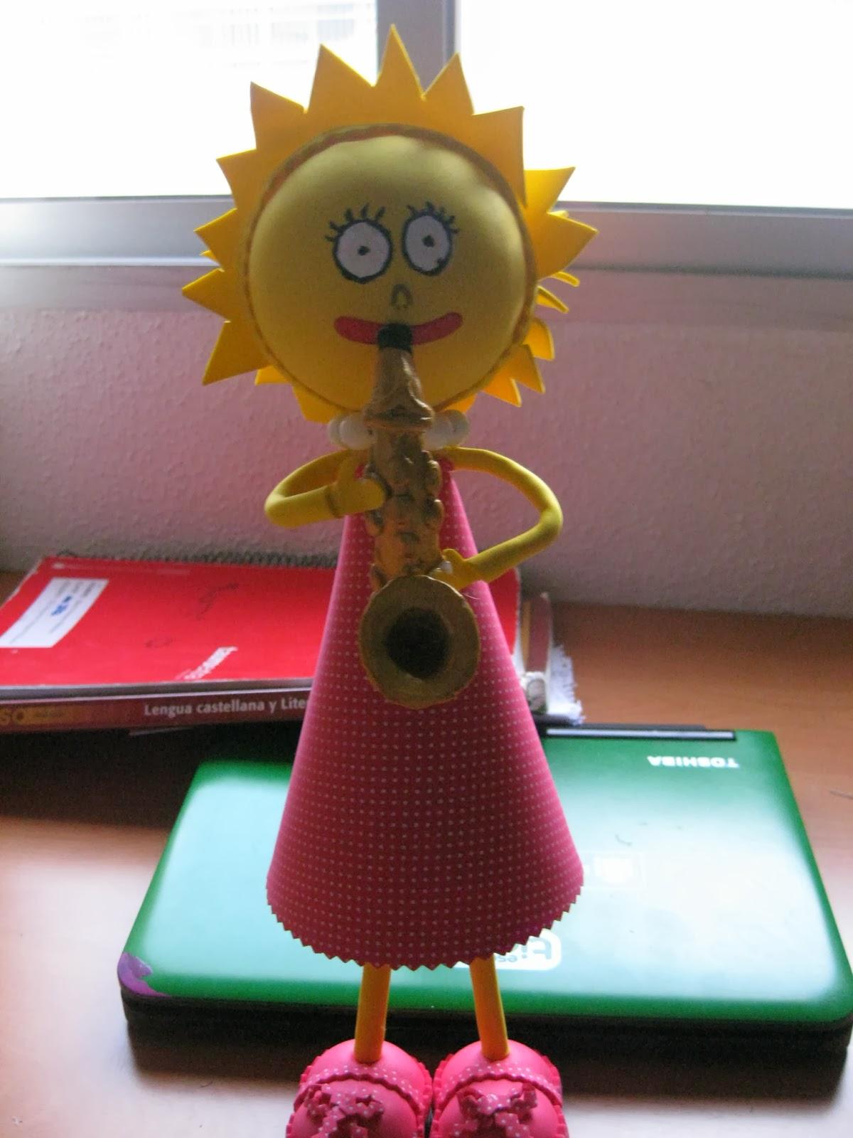 Manualidades Fofucha  Lisa Simpson hecha a mano en Pozoblanco