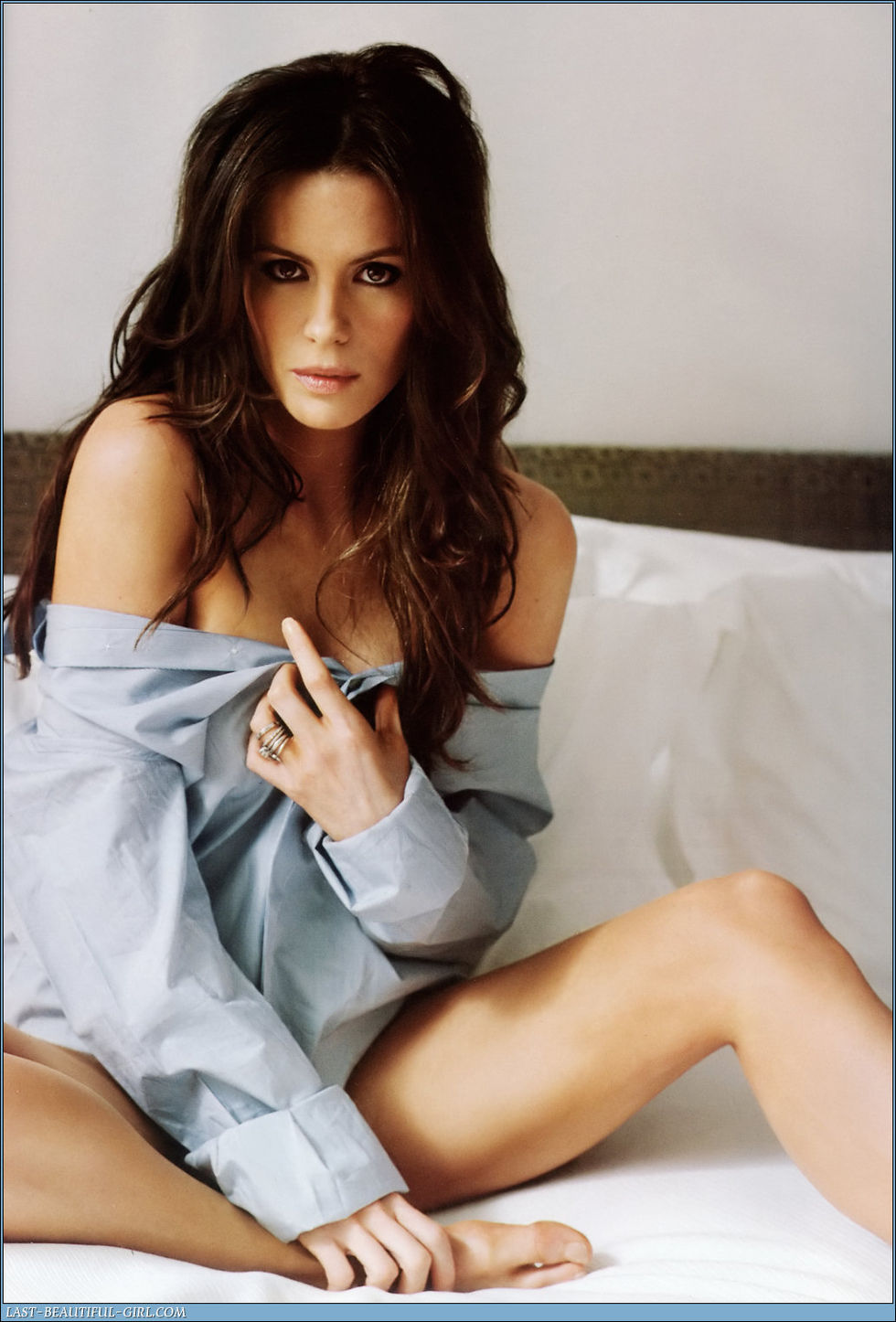 Kate beckinsale sexy pose