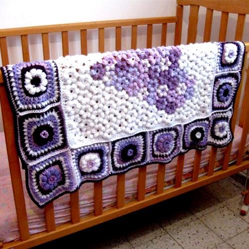 Puff Flower Heart Blanket