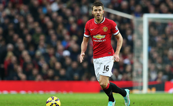 Manchester United to offer Michael Carrick new deal