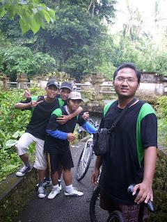 Gowes ke Bukit Campuhan Ubud 2.jpg