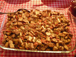 This gluten-free bread stuffing recipe from Whole Foods Market can be ...