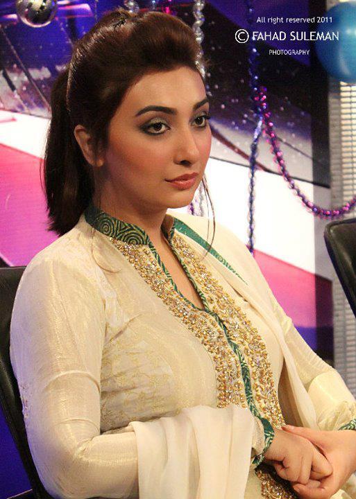 boob sexy Aisha khan