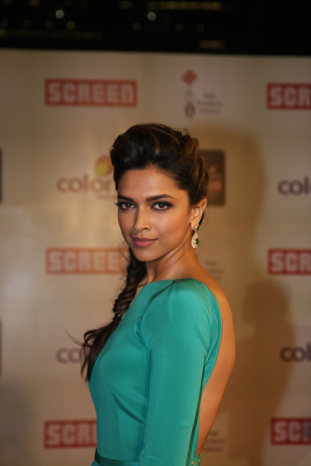 Deepika Padukone, Deepika Padukone black dress, Deepika Padukone hot red, Deepika Padukone new pics, hot Deepika Padukone,