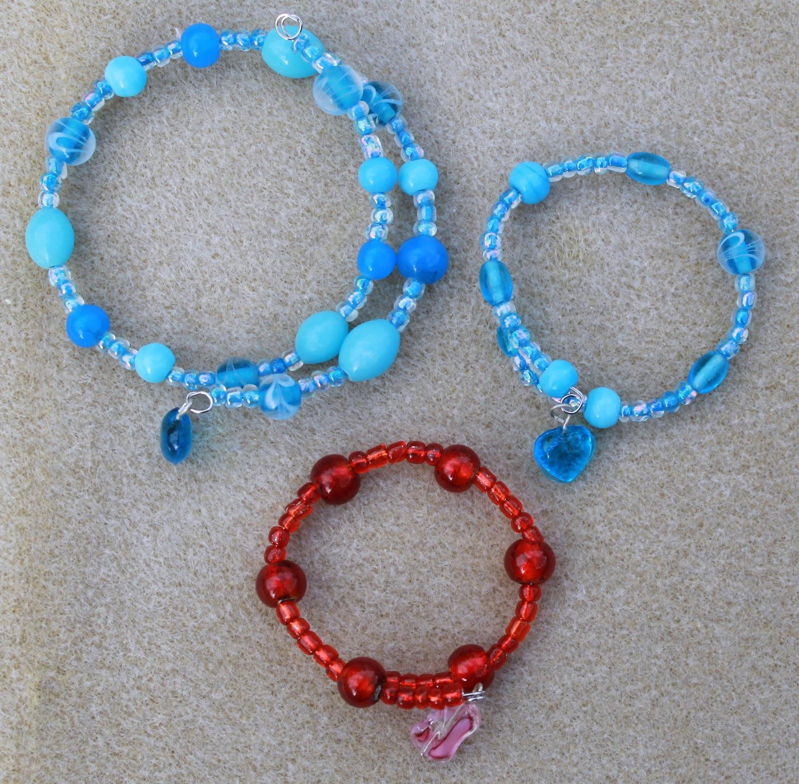 Nanny Gee\'s Place: memory wire bracelets and Kumi bracelets