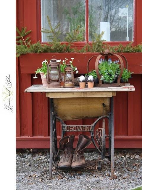 Home garden 60 id es pour recycler vos vieilles for Machine a coudre 8eme merveille