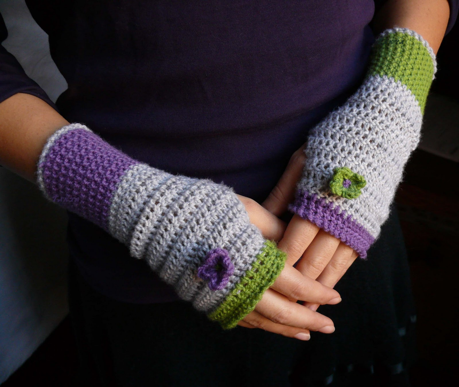 Scaldacollo e guanti viola e verdi Scaldacollo+e+guanti+viola%2526verde_G-+firma