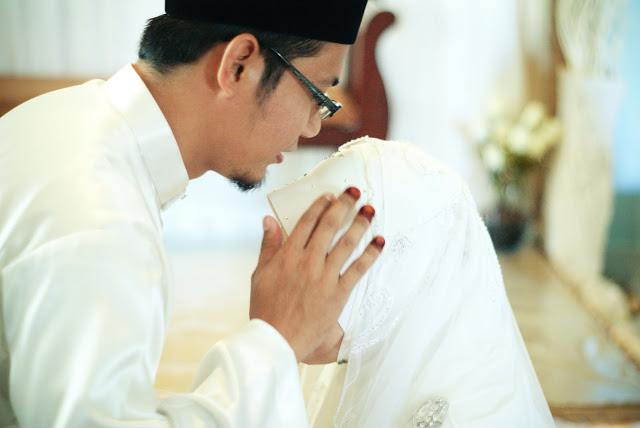 Kisah Seorang Istri yang Membuat Suaminya Tergila Gila Padanya