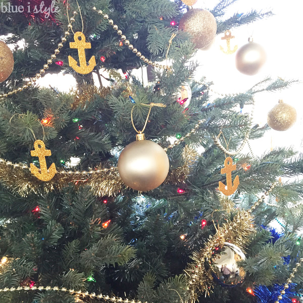 DIY gold glitter anchor Christmas tree ornaments
