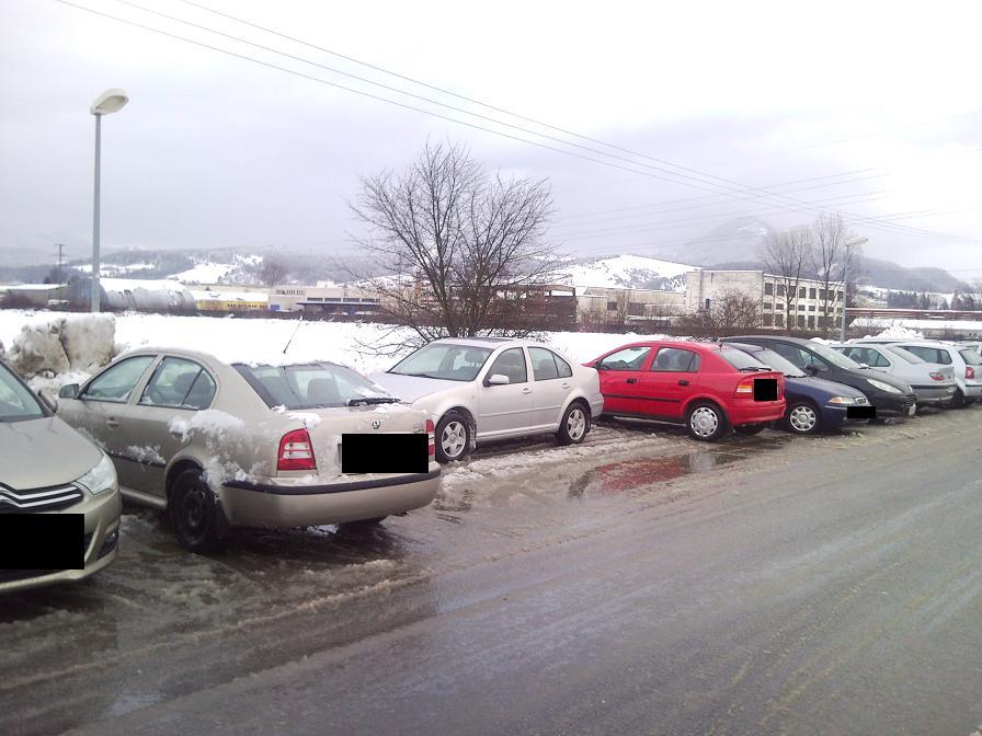 Všetci parkujú zle, len ja dobre