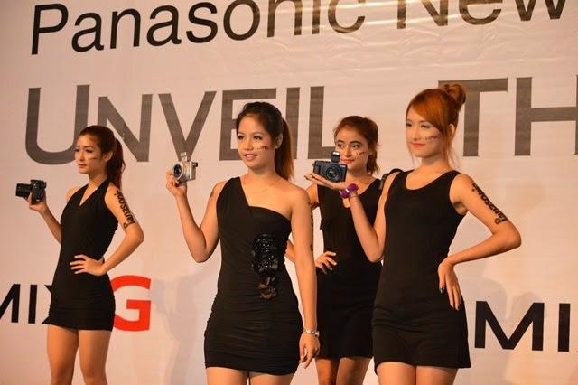 ရန္ေနာင္(ဗိုလ္တေထာင္) –  Panasonic New Model 4K ကင္မရာမိတ္ဆက္ပြဲ က်င္းပ