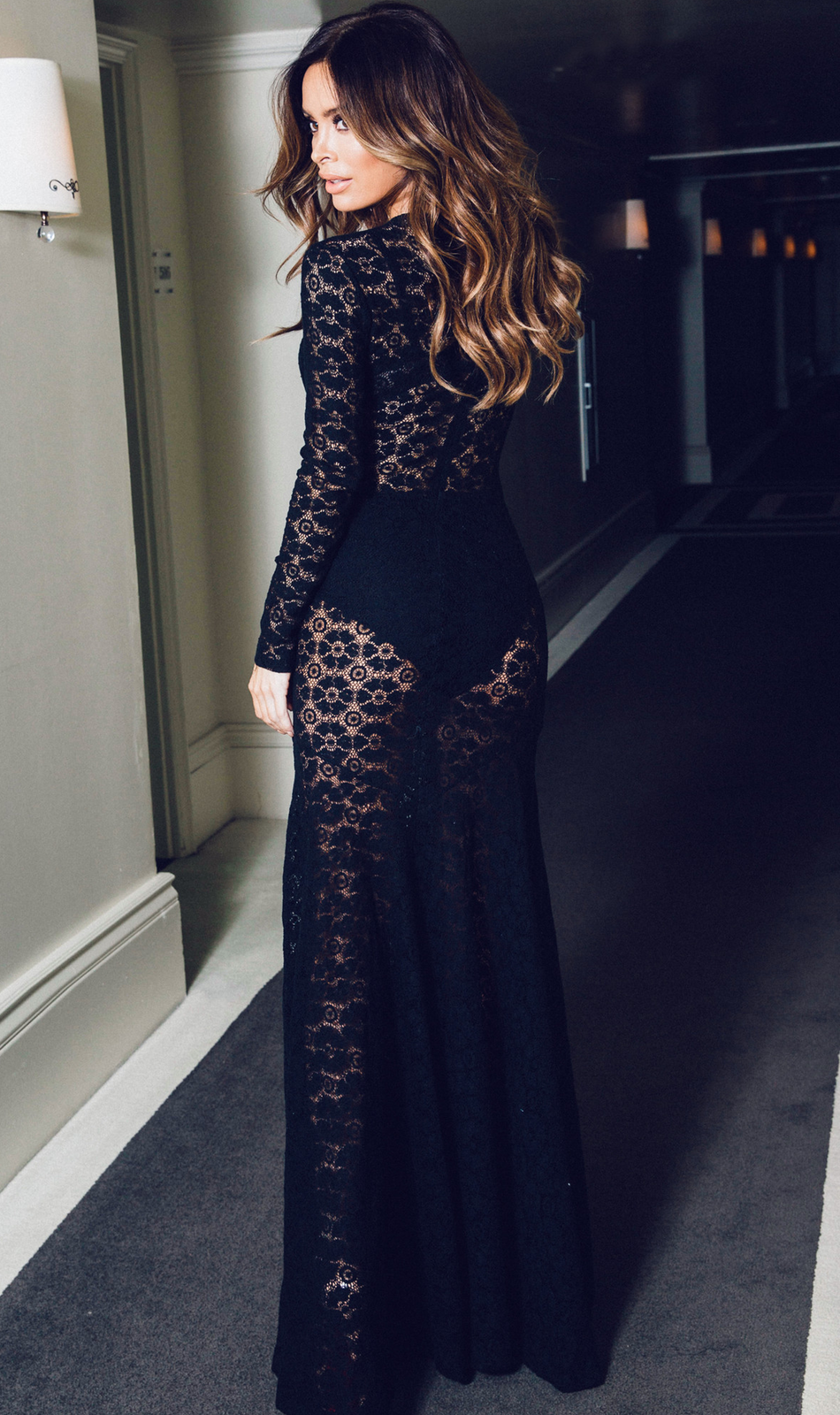 LURELLY ST.TROPEZ FLORAL LACE GOWN