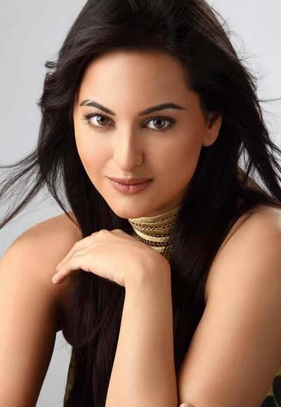 Sonakshi Sinha - Wallpaper