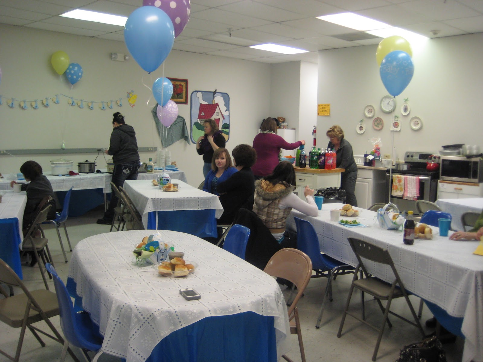 we resently had a baby shower and here are some of the pictures