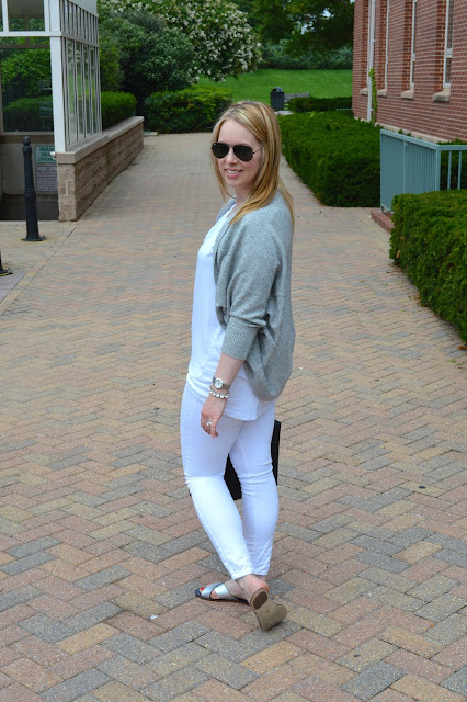 grey-sweater-summer-outfit